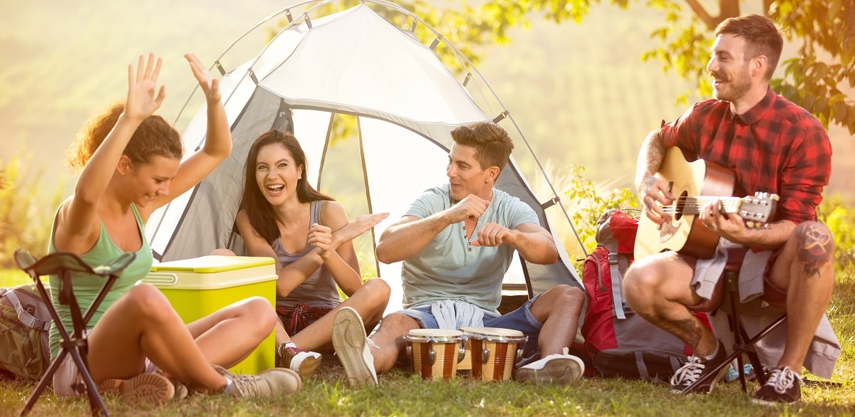 summer-camping-with-friends-eventbookings